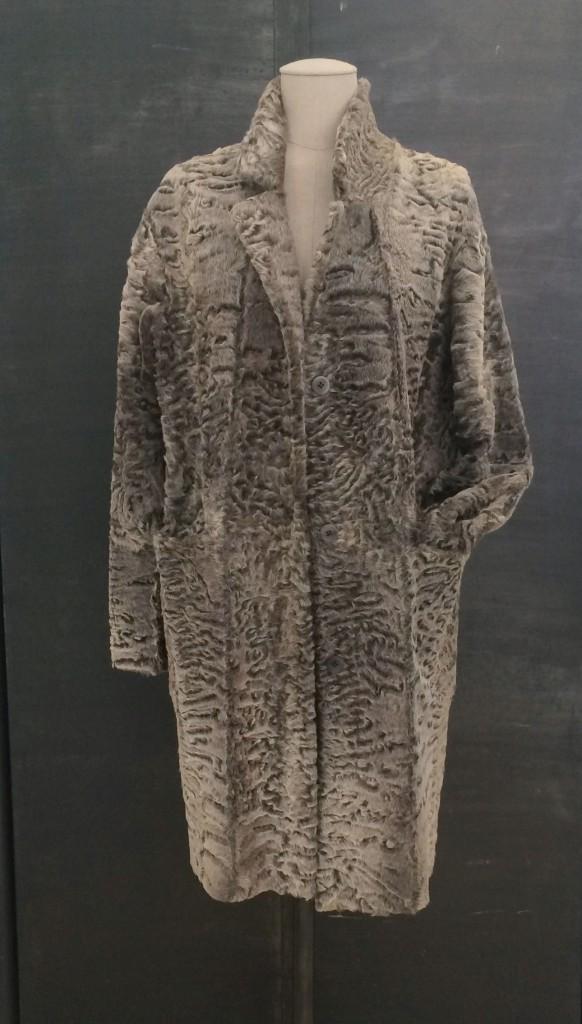 Swakara_Coat